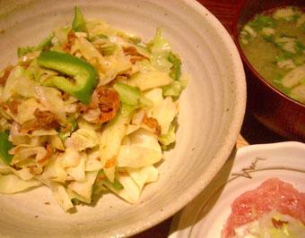 キャベツマグロ缶炒め