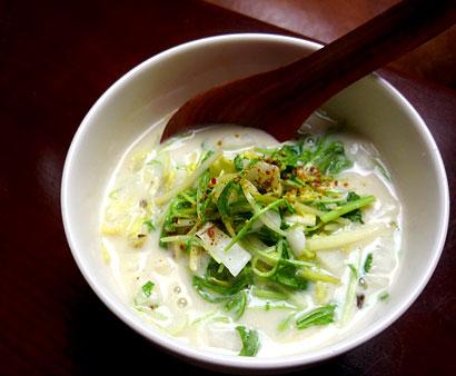 鶏豆乳スープ